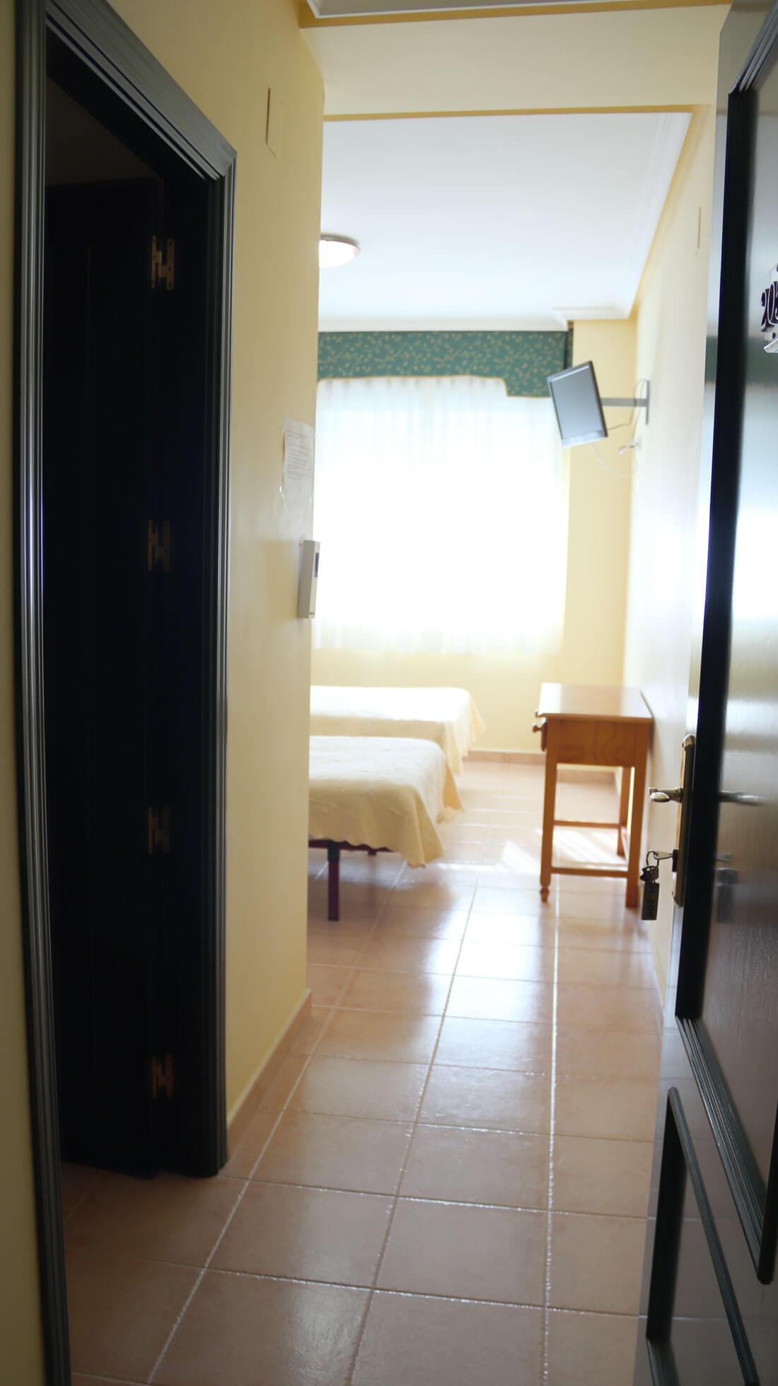 vista de habitación doble con 2 camas